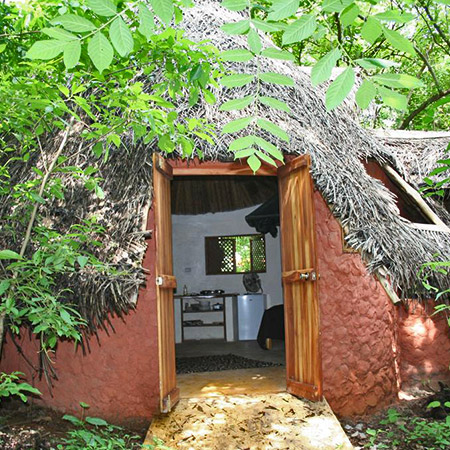 Cabina Africa outside view